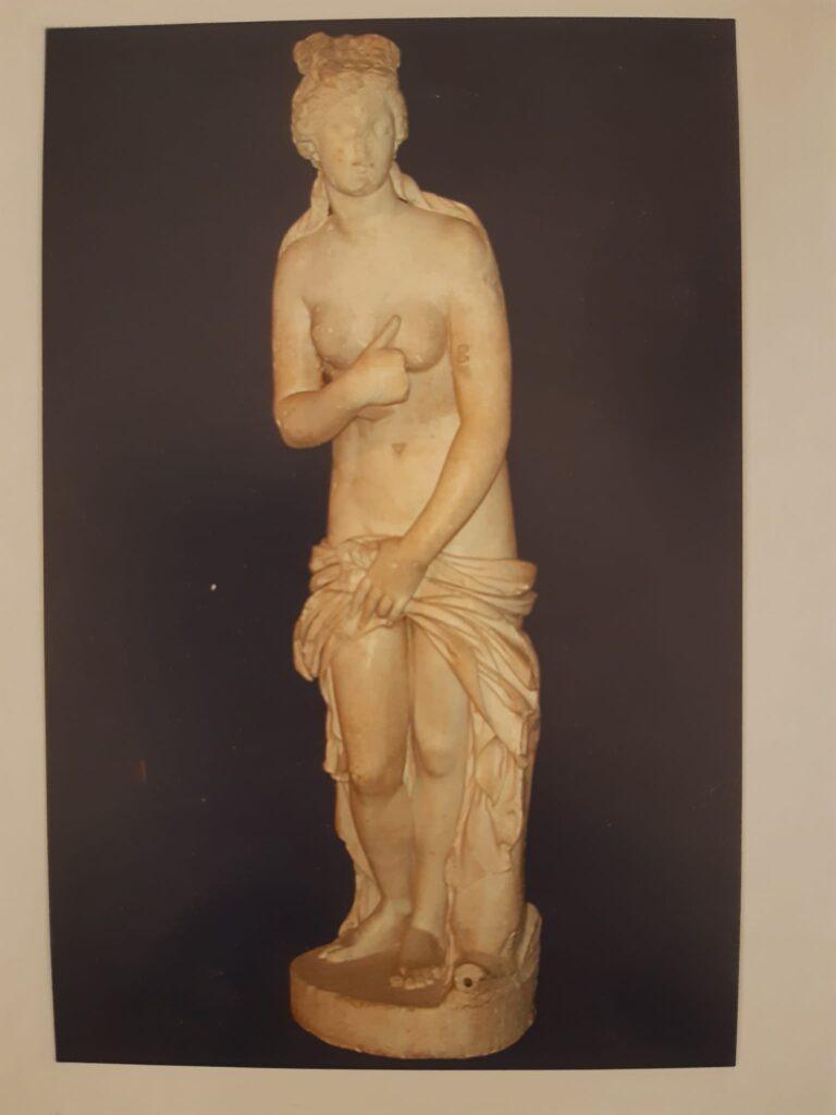 Un saluto da Forlì- cartolina della Statua di Venere